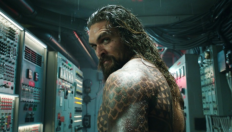 aquaman_shoulder